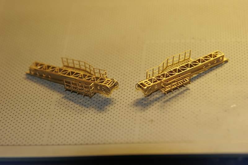 Chris' Schlachtschiff Bismarck von Amati 1/200 4012516418_c32e3454de_o