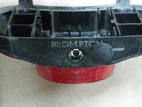 Interrupteur Lampe arrière pas forcément étanche (mais fugueur) 3663300178_d51e2741f8