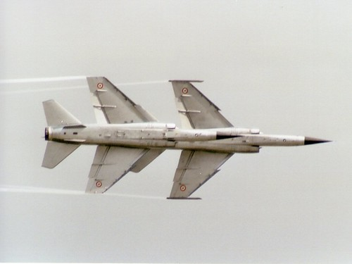 Photos d'avions militaires - Page 15 3955088189_09c8637573