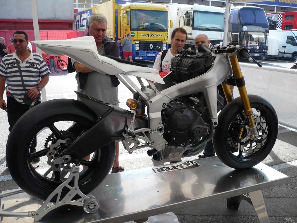 Moto2 - Page 3 4007917373_ff61624b6b_o