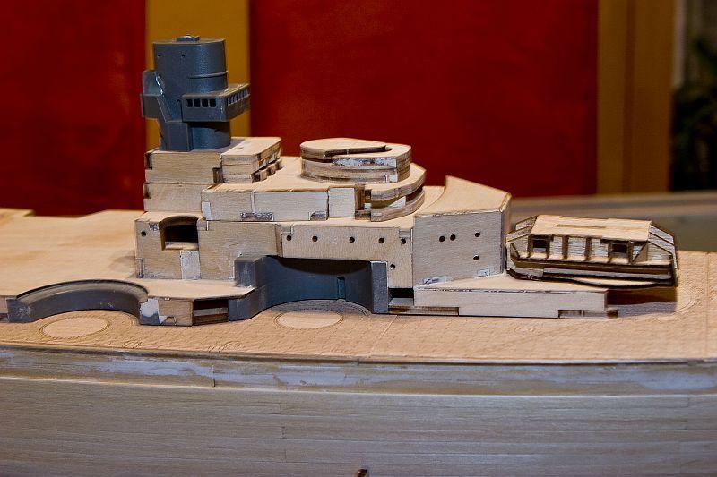 Chris' Schlachtschiff Bismarck von Amati 1/200 3923149439_c0e21c3f8a_o