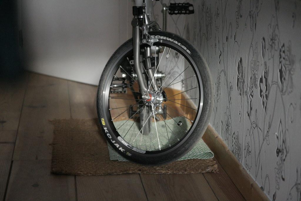 Jante et rayon : améliorer les roues du Brompton - Page 8 5729168101_77a0918869_b