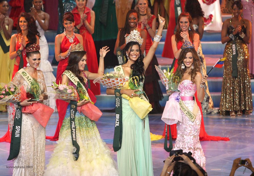 Official thread of Miss EARTH 2009 * Larissa Ramos (Brazil) 4124956683_db5cd73a30_b