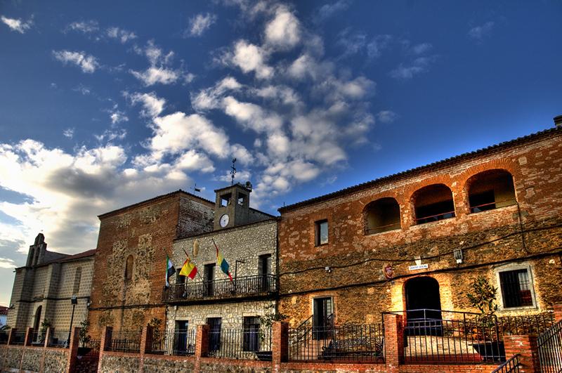 Ayuntamiento Torrejón el Rubio 3775573342_661534c815_o