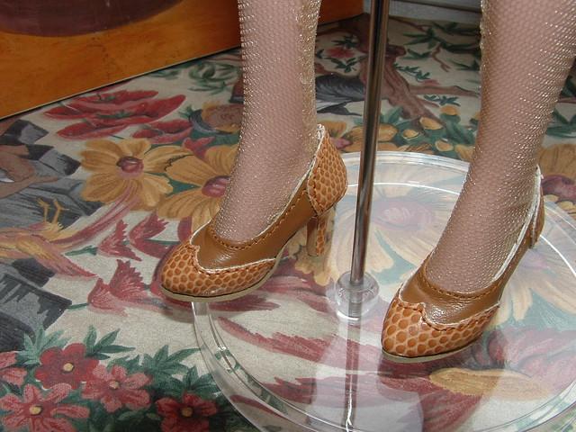 Des chaussures pour mes filles 5818739638_9b7c61a7ee_z