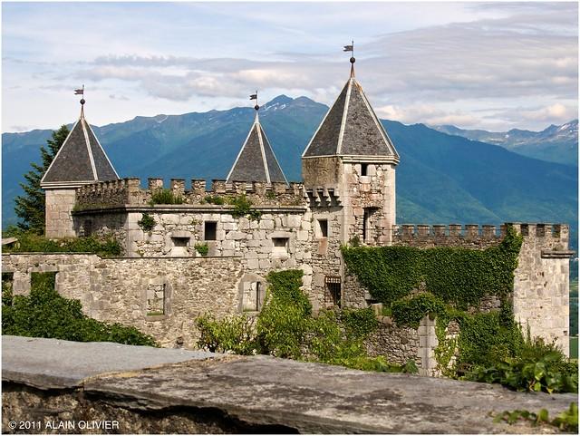Château de Miolans 5826299616_dd2893a279_z