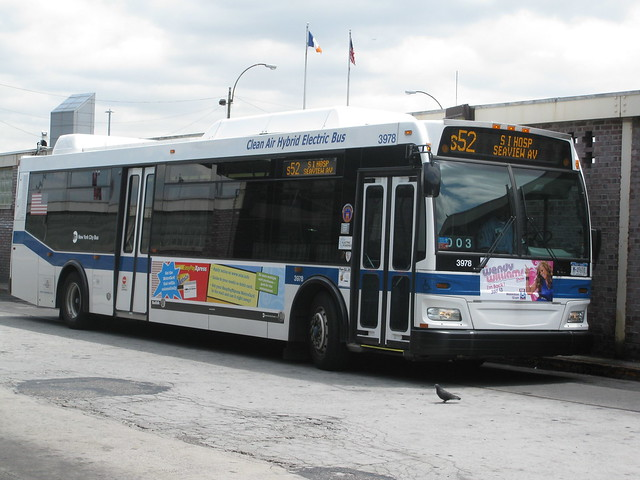 Buses in your hometown - Seite 3 4211371856_836f00f8d7_z