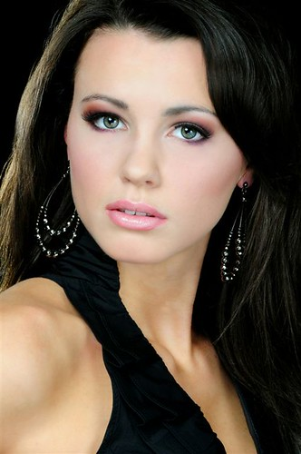 Miss Iowa USA 2010 - Katherine Connors 4351426231_d23d227cb1