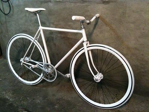 Quoi !? Encore un vélo !!!!! [stephlouv] 4466965633_b3bbe2e6d4