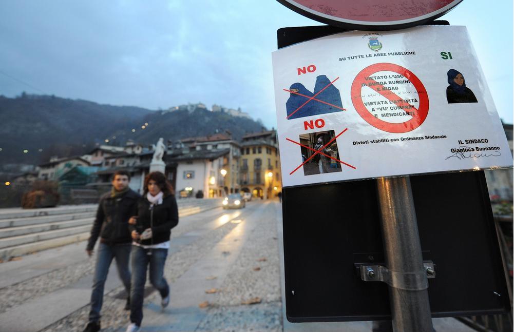 italie:un arrêté municipal interdisant la burqa 4137653062_8625970021_o