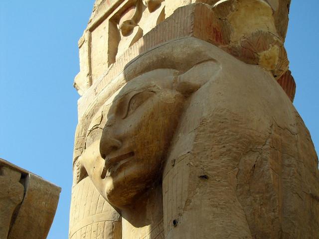 Himno a Hathor 4058030359_4af06bfd3e_z