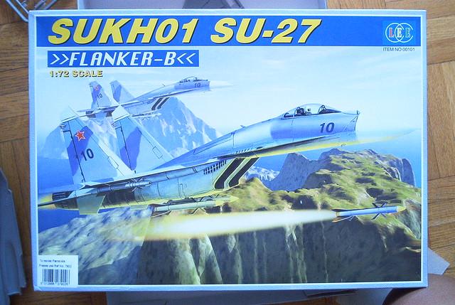 Pas-à-pas : Sukhoi 27 Flanker [CC:Lee 1/72 ] 3871868500_557ddc94fb_z