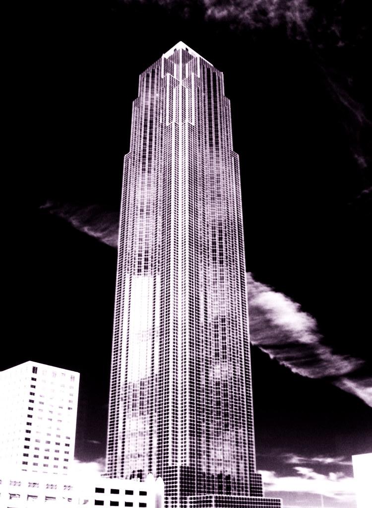Neboderi (sky towers) - Page 2 4304394563_9f2f75d52e_b