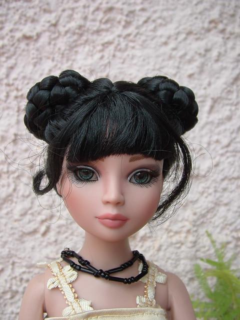 2009 - Ellowyne Wilde - Essential Ellowyne Too - wigged out 5818738626_1d1bd75b4a_z