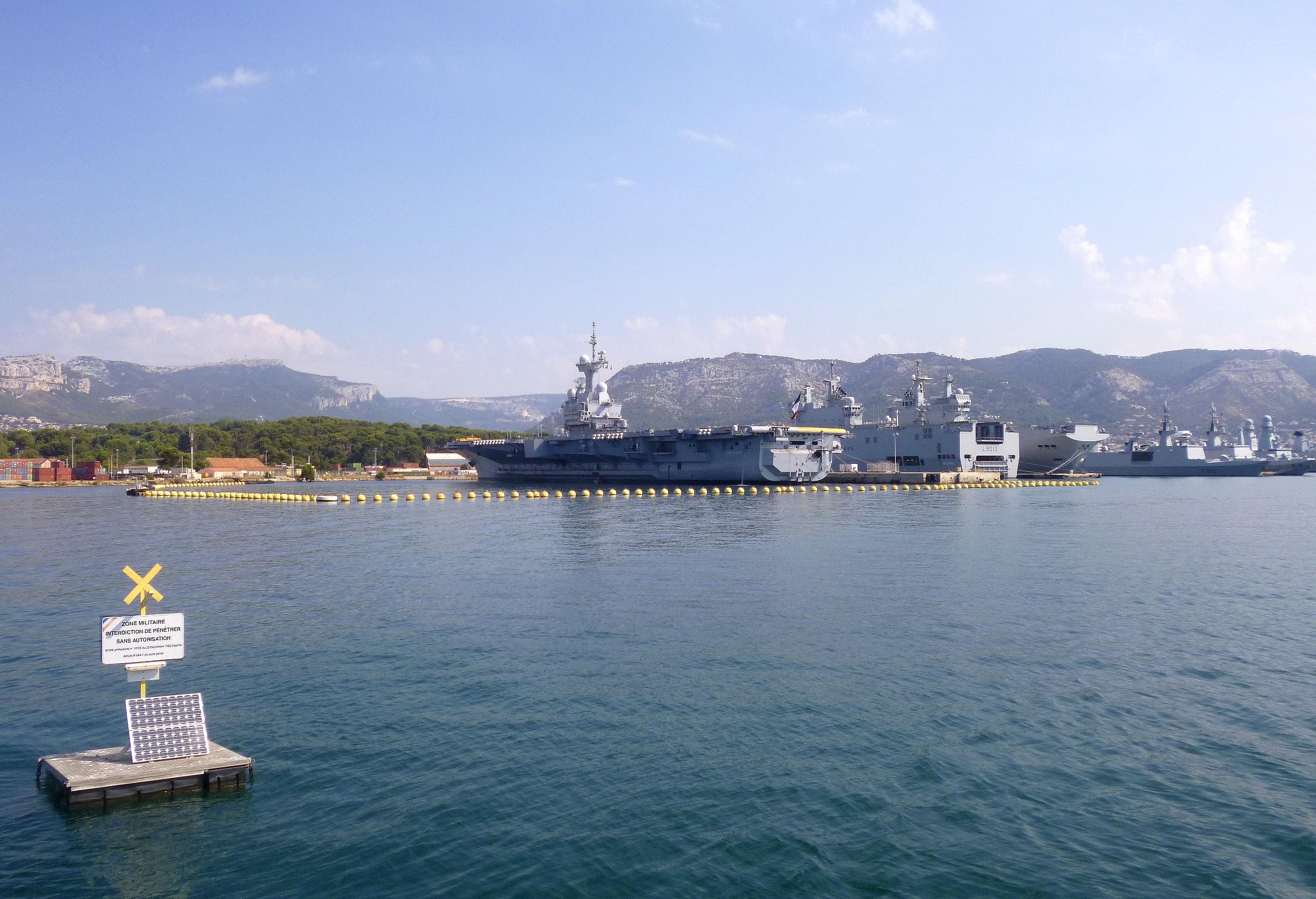 Les news en images du port de TOULON - Page 37 9562226181_642660a3ef_o