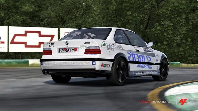 FM4_Forza595