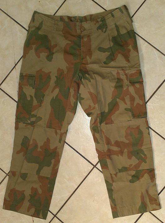 Pakistani uniform 8929766739_d9e623e441_b
