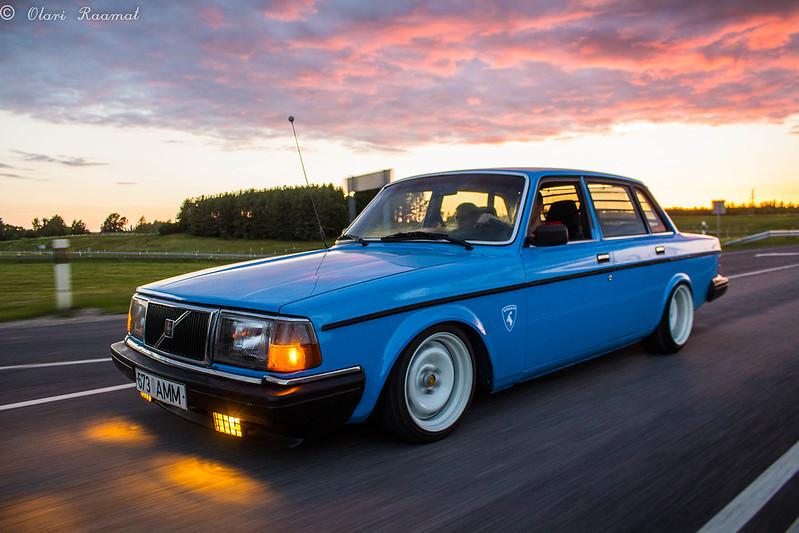 Ollu: Volvo 240 B230FT 9248703017_395ecdffdd_c