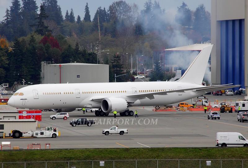 Boeing 787-9 - Page 4 10617530353_b46bef68da_c