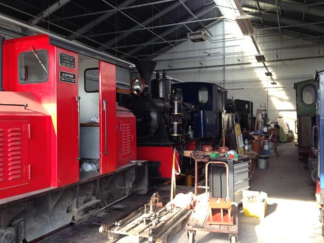 1:1 garden railway 12773877035_c3c8bec658_z