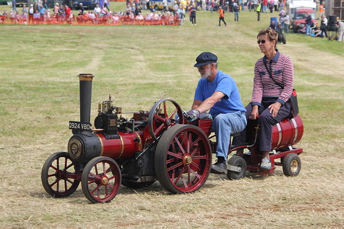 Steam Traction World Gathering - 29th & 30th June 2013 - Banbury Rally - Page 2 9167805105_5d5dab82f3