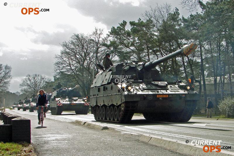 Armée Hollandaise/Armed forces of the Netherlands/Nederlandse krijgsmacht - Page 14 12706877165_7b8215fe38_o