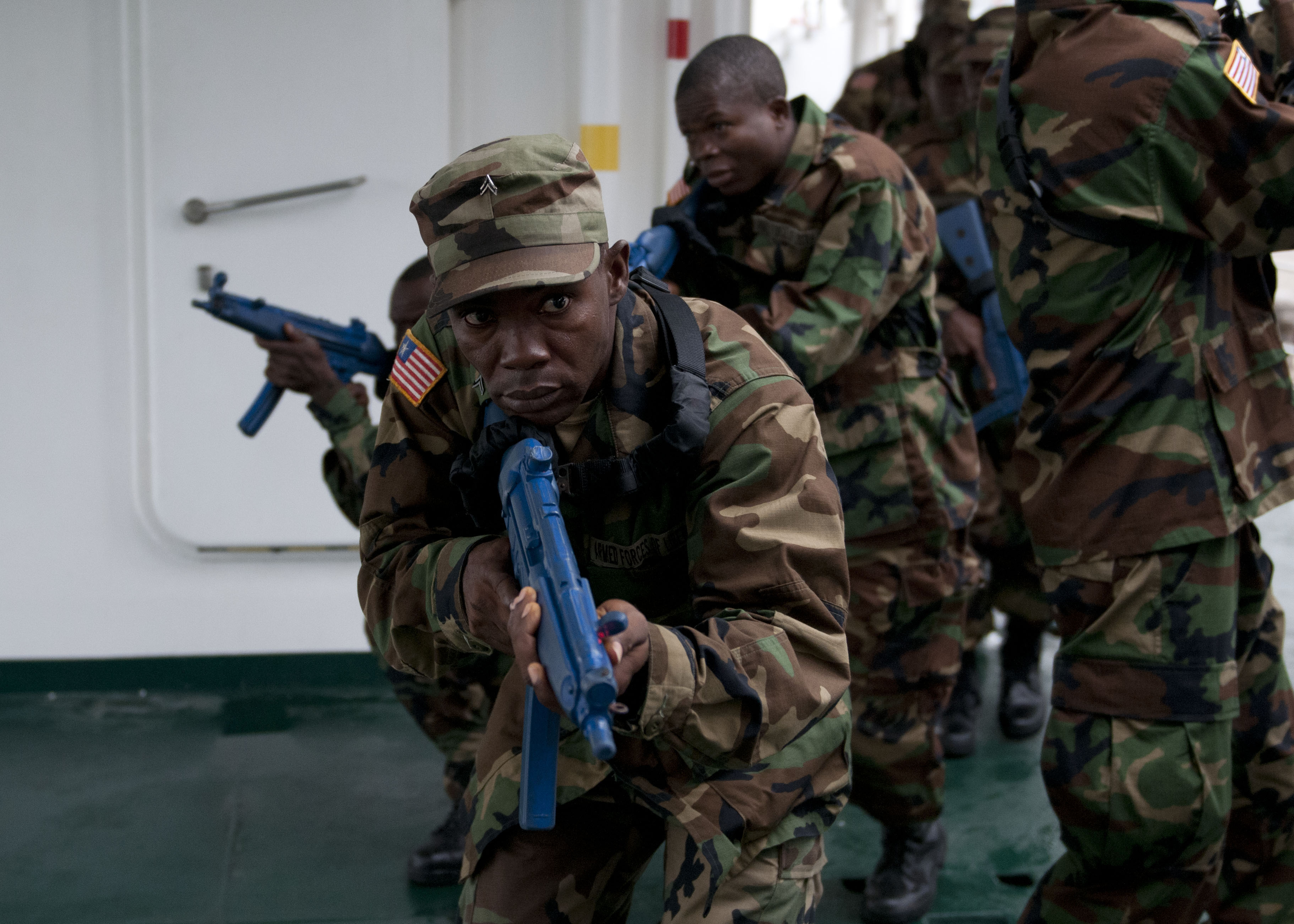 Les Forces Armées du Libéria / Armed Forces of Liberia ( AFL ) 13012767844_71c7288c48_o