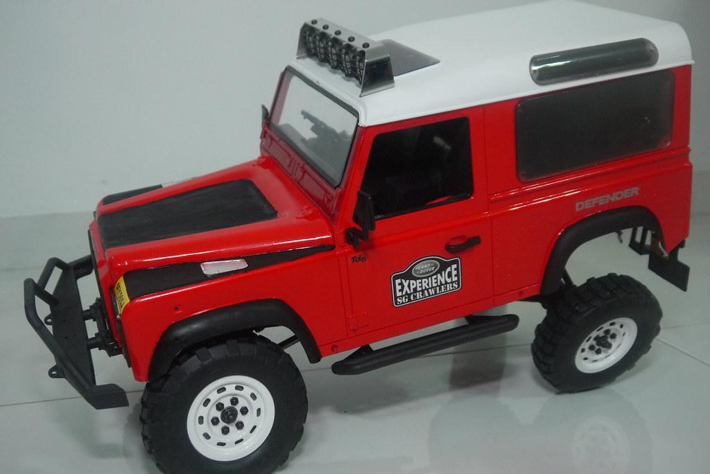 land - Babyboy's Land Rover Defender D90 on Axial SCX10 9410352196_bcb41eee29_b