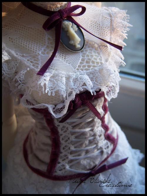 Deux commissions et 1 robe rose. Bas P29 3291737657_b030995e71_o