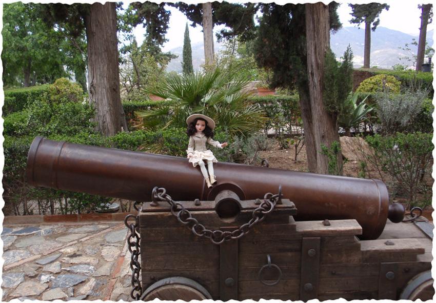 Ellowyne Essential Brunette visite la forteresse de Malaga (Espagne) 2647252432_ee6501dd20_o