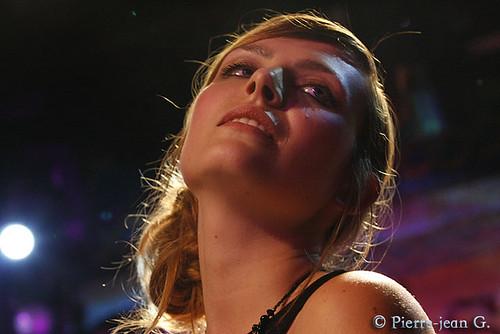 Elodie en concert au réservoir de Paris (12/05/08) - Page 2 2491553521_e89a08910a