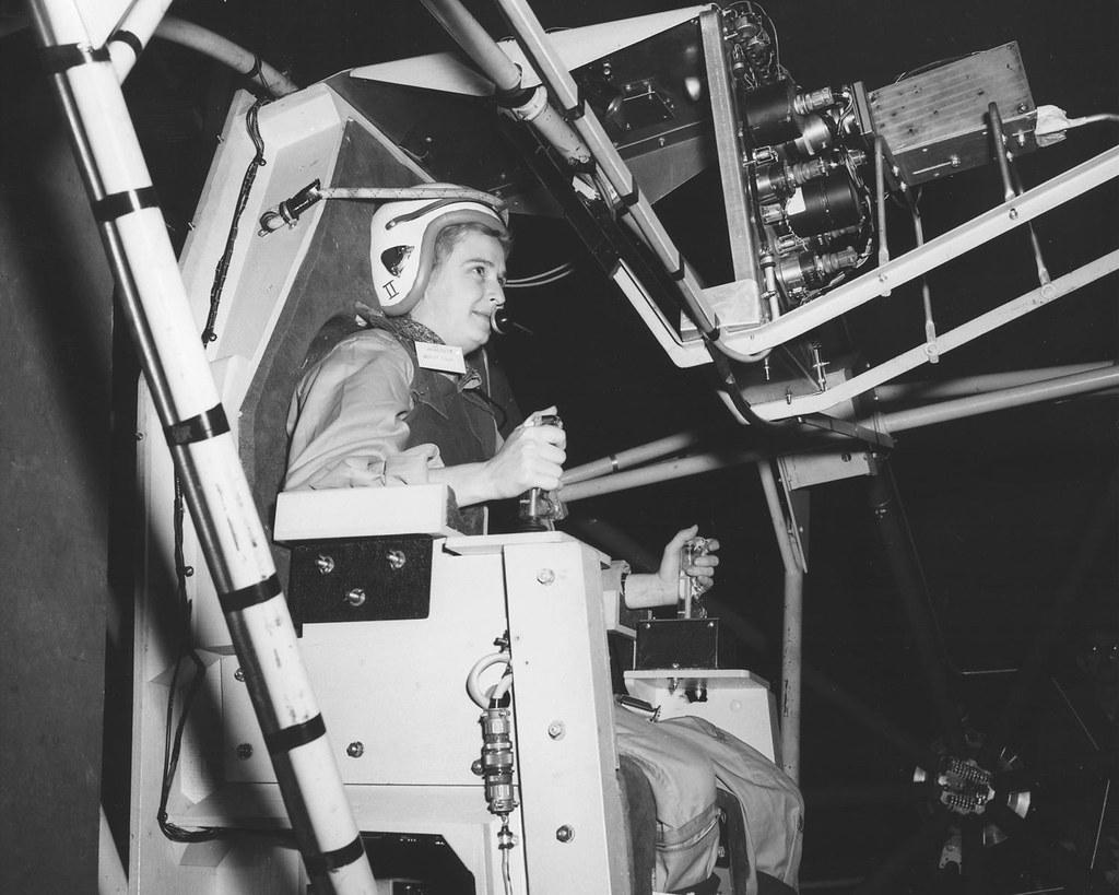 La première femme cosmonaute russe fête les 45 ans de son vol dans l'espace 2583163865_97edc418b9_b