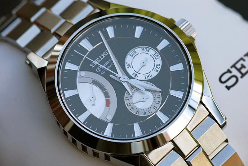 1000 euros - Quelle montre pour un budget de 1000 euros 2701624489_2f10476001_o
