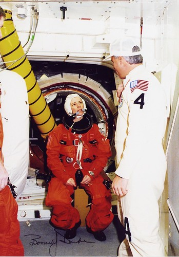 STS-89 / WILCUTT EDWARDS ANDERSON DUNBAR REILLY CHARIPOV WOLF THOMAS / ENDEAVOUR