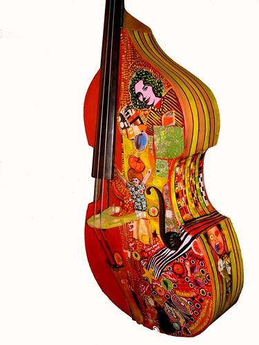 AMELIE LE MOINE... customiseuse de contrebasses... et pas que 3110517911_7dfd52ebbb