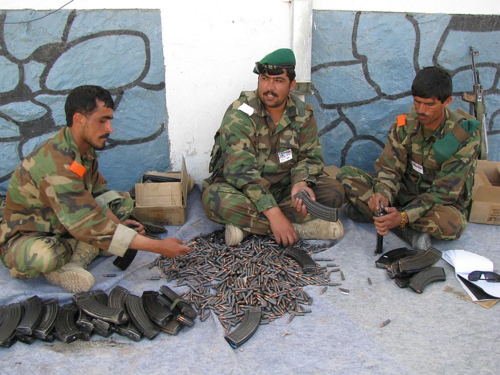 Armée Afghane/Afghan National Army(ANA) 2492585086_4920080075_b