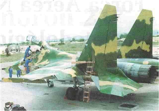 MiG 1.44 MFI [Revell 1/72 - MAJ au 19/08/12] Voilaaaaaaa c'est fini ! - Page 3 5763037016_22f71f5215_o