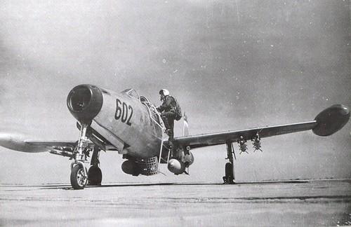 F-84G THUNDERJET - Page 2 2536636078_6cbe156c36