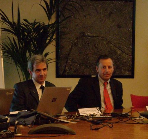 STS-122 - Réunion Postflight avec la Presse par Leopold Eyharts et Michel Tognini 2967459992_fbd19bd0cf