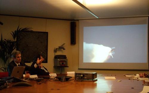 STS-122 - Réunion Postflight avec la Presse par Leopold Eyharts et Michel Tognini 2966612831_2a5d0f64d9