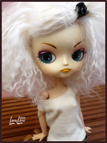[Pullip Lala ] Vincianne aime le rose. MAJ30/04 3517478625_85f8f217da
