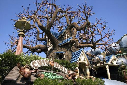 Toontown (Disneyland Park/ Magic Kingdom) 2687495537_be2e2b565e
