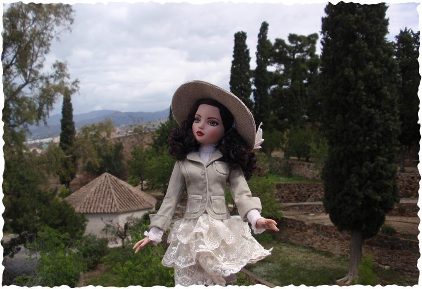 Ellowyne Essential Brunette visite la forteresse de Malaga (Espagne) 2647251746_acd7555792_o