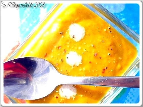 Velouté de carottes, lait de coco & cannelle (VGL) 2856111971_5161485d1c_o