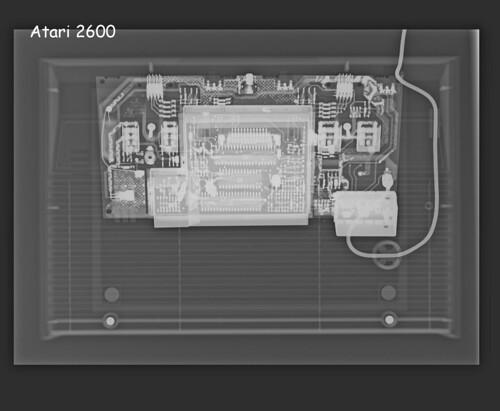 Consolas Vs Maquina de Rayos X 3137466207_a5bdc1b3f8