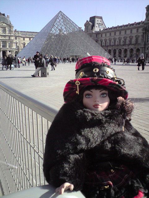 Sarah joue les touristes en solo à Paris 2303022690_fe55bcab82_o
