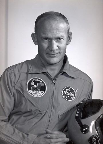 Buzz Aldrin au mk2 Bibliothèque le 19 octobre ! - Page 4 2949762301_d956f558a5