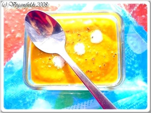 Velouté de carottes, lait de coco & cannelle (VGL) 2856117343_1485566bf1_o