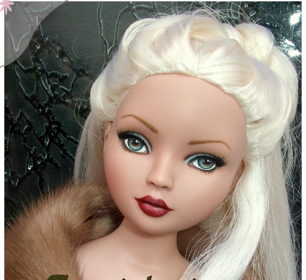 REPAINT : Lolaxs' ooak dolls 3529185024_070d12f759_b