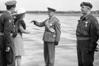 """Militaire Willems-Orde - """"Stoutmoedige, maar bescheiden types"""" 3304006482_2bd4c6909a_o"""